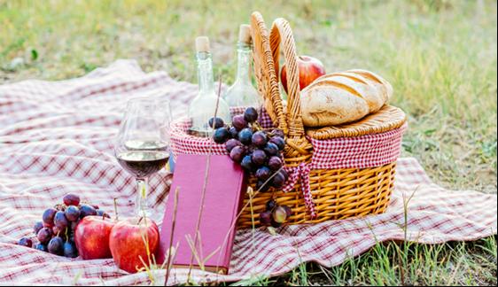 Picknicktime OverHeerlijk Maathoeve Heeten Piaggio Rheezer Kamer